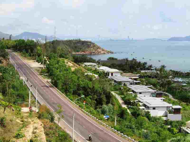 Hàng loạt dự án ven biển ở Bình Định 'dính' sai phạm: Doanh nghiệp 'qua mặt' hay chính quyền quản lí lỏng lẻo? - Ảnh 3.