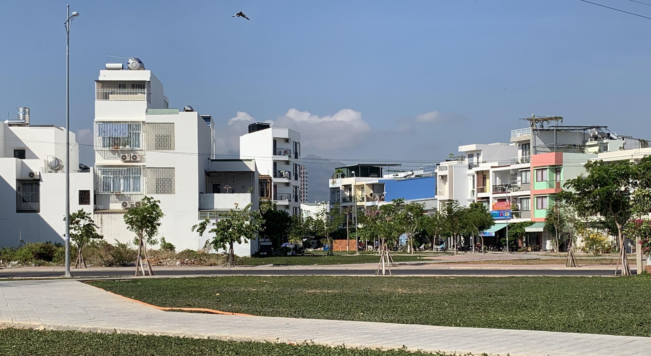 Không được cấp giấy chứng nhận quyền sử dụng đất, doanh nghiệp đòi UBND tỉnh Khánh Hòa 150 tỉ đồng - Ảnh 1.