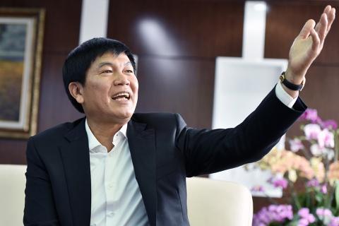 Ông Trần Đình Long: Hòa Phát sẽ lãi 10.000 tỉ trong năm nay, sản lượng thép tiến tới vượt mặt Formosa - Ảnh 1.