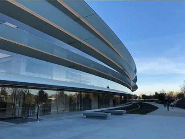 Apple và Boeing bị thổi bay hàng chục tỉ USD vốn hóa vì Mỹ gia tăng trừng phạt Huawei - Ảnh 3.