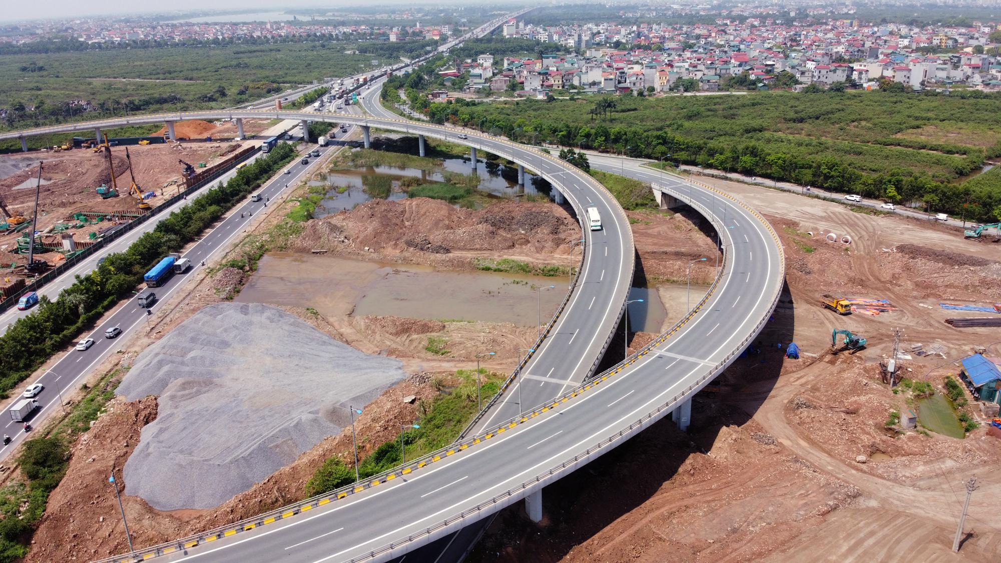 Toàn cảnh dự án xây dựng nút giao Vành đai 3 với cao tốc Hà Nội - Hải Phòng - Ảnh 12.