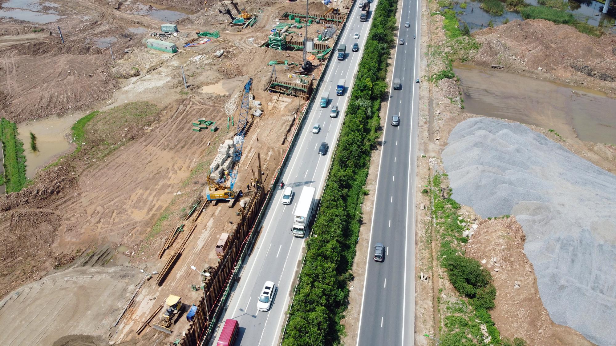 Toàn cảnh dự án xây dựng nút giao Vành đai 3 với cao tốc Hà Nội - Hải Phòng - Ảnh 2.