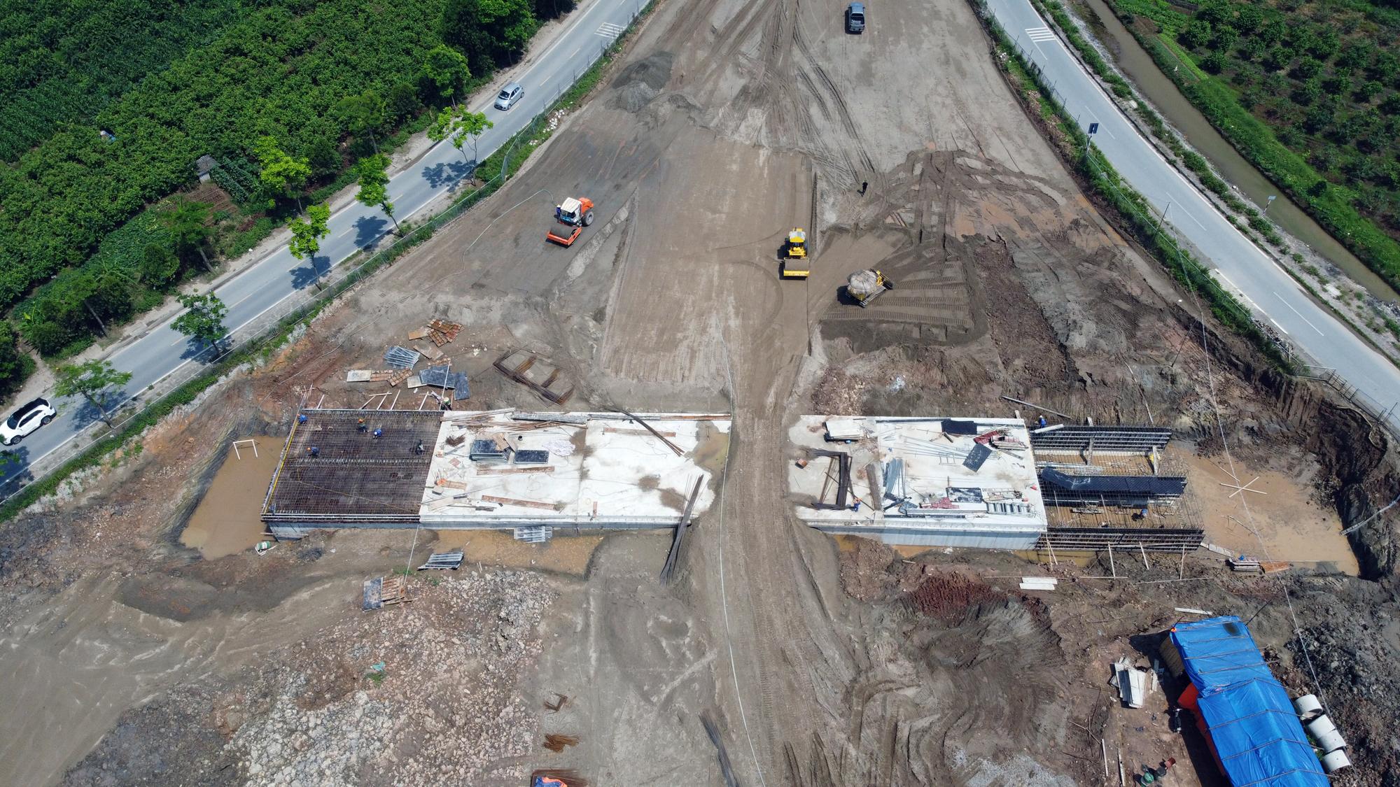 Toàn cảnh dự án xây dựng nút giao Vành đai 3 với cao tốc Hà Nội - Hải Phòng - Ảnh 3.