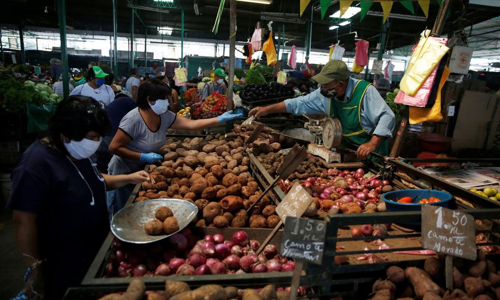 '5 tiểu thương thì 4 người nhiễm virus' - hiểm họa từ chợ ở Mỹ Latin - Ảnh 1.