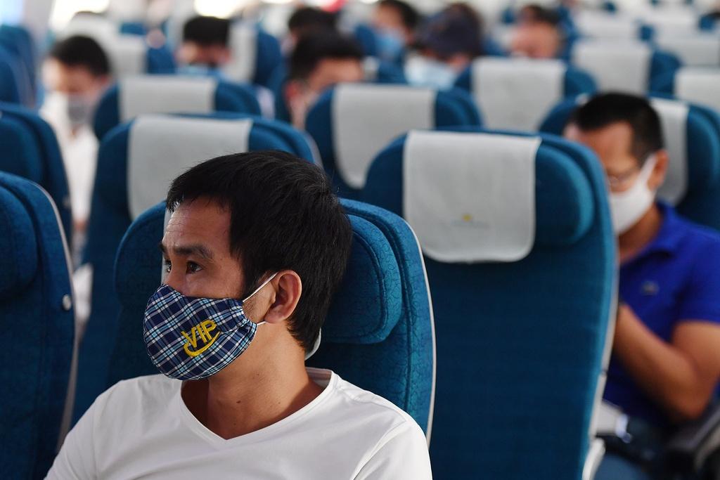 Hàng không Việt khó rơi vào tình cảnh của Thai Airways - Ảnh 2.
