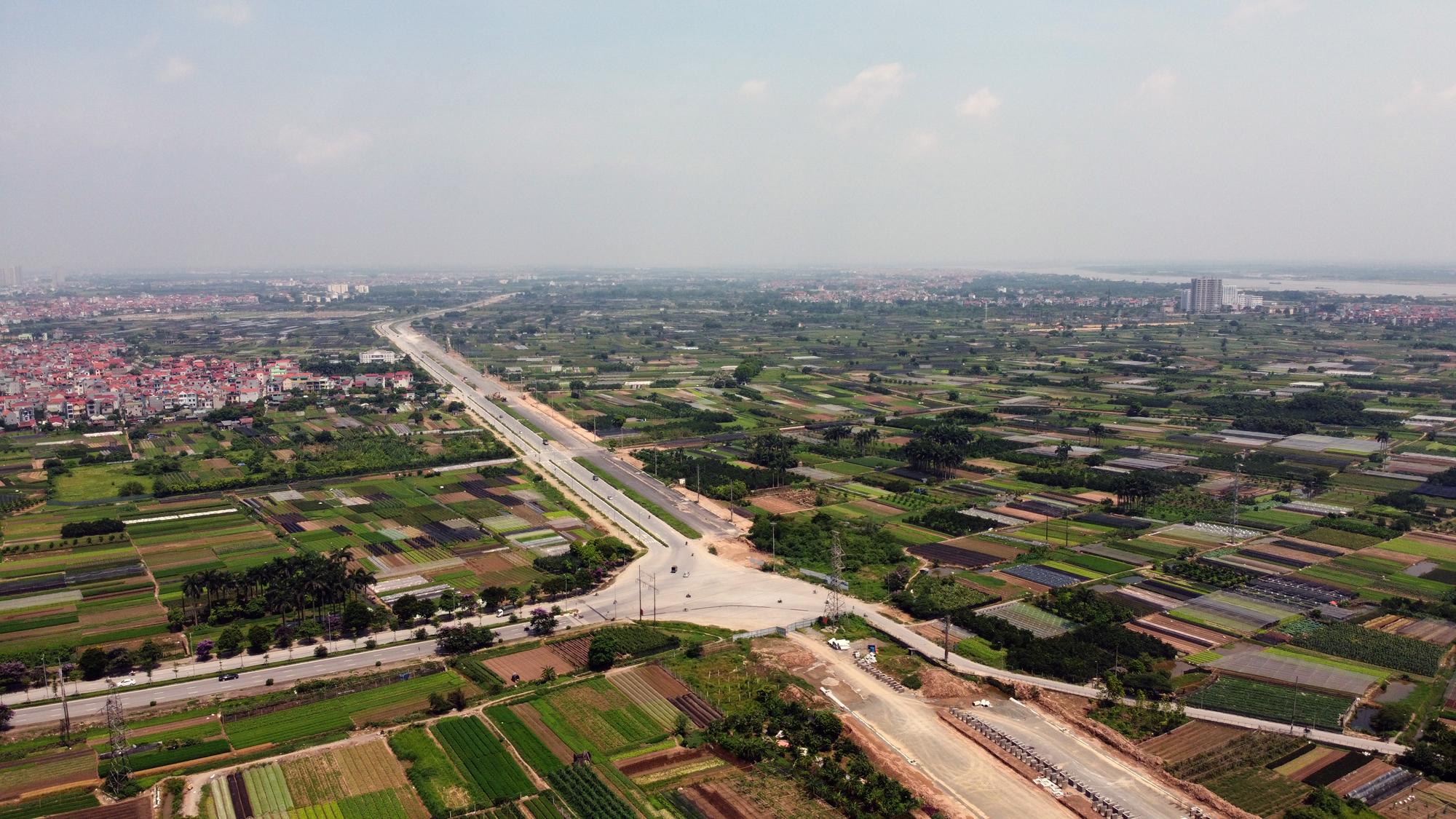Soi tiến độ đường Tây Thăng Long từ Phạm Văn Đồng đến Văn Tiến Dũng - Ảnh 1.