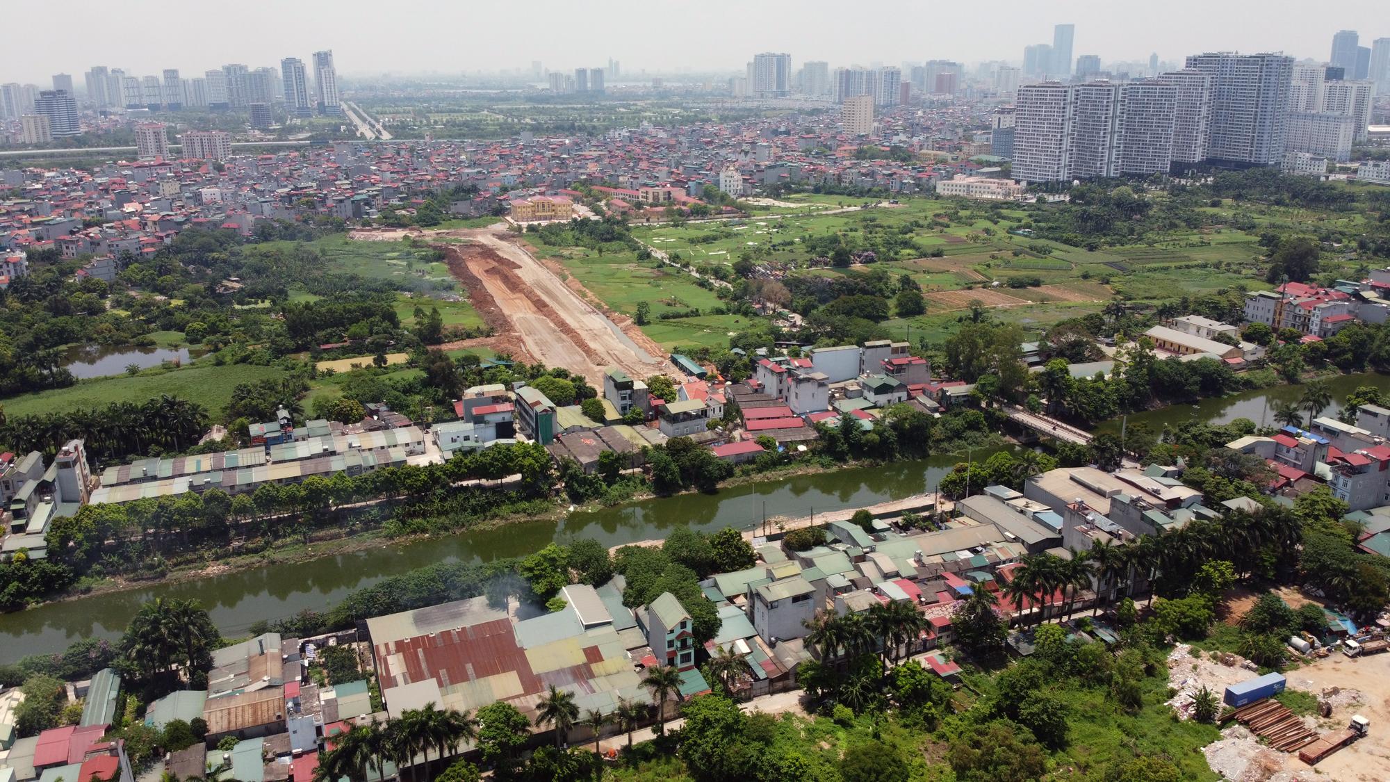 Soi tiến độ đường Tây Thăng Long từ Phạm Văn Đồng đến Văn Tiến Dũng - Ảnh 13.