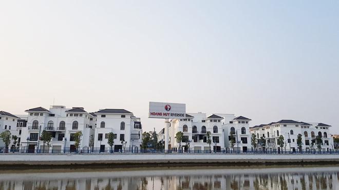 Hải Phòng dùng 99 ha 'đất vàng' trả cho nhà đầu tư cải tạo hai tòa chung cư cũ - Ảnh 1.