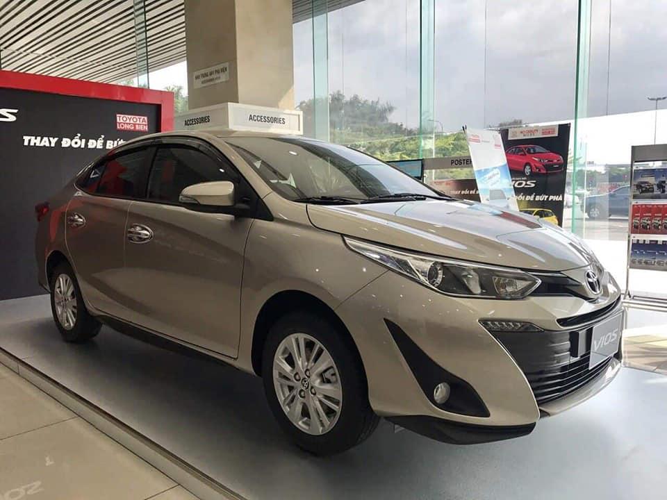 Xe VinFast, Toyota, Hyundai giảm cả trăm triệu đồng khi lệ phí trước bạ được điều chỉnh - Ảnh 2.