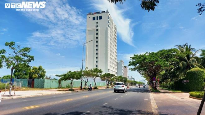 Cận cảnh các khu đất 'có yếu tố nước ngoài' ven biển, sân bay ở Đà Nẵng - Ảnh 9.