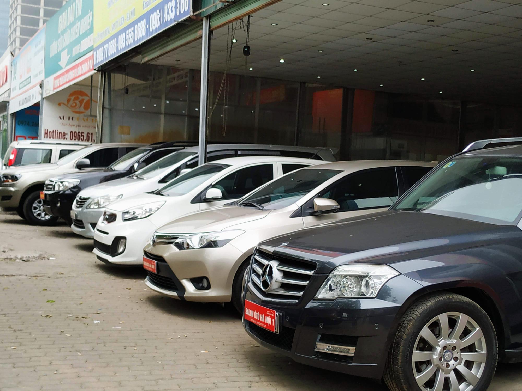 Xe VinFast, Toyota, Hyundai giảm cả trăm triệu đồng khi lệ phí trước bạ được điều chỉnh - Ảnh 1.