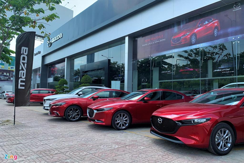 Khách dừng mua xe, chờ giảm 50% phí trước bạ ôtô lắp ráp - Ảnh 3.