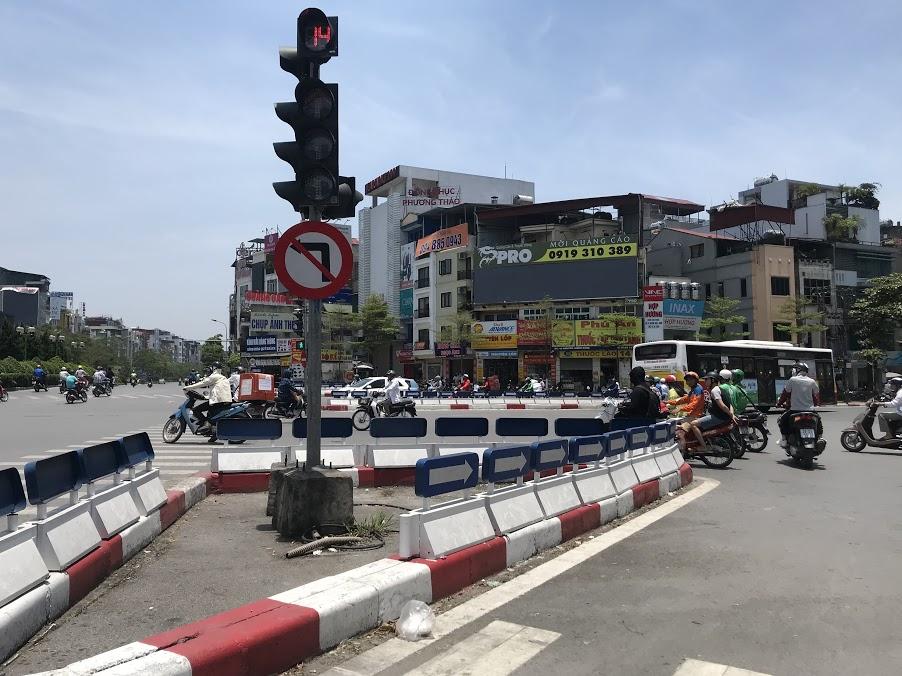Nút giao thông dễ bị phạt ở Hà Nội: Giải mã 'ma trận' Ngã bảy Ô Chợ Dừa - Ảnh 7.