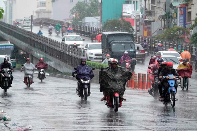 Dự báo thời tiết Đà Nẵng và các vùng cả nước hôm nay (23/5): Hà Nội, TP HCM mưa to, các tỉnh thành khác nắng nóng gay gắt - Ảnh 1.