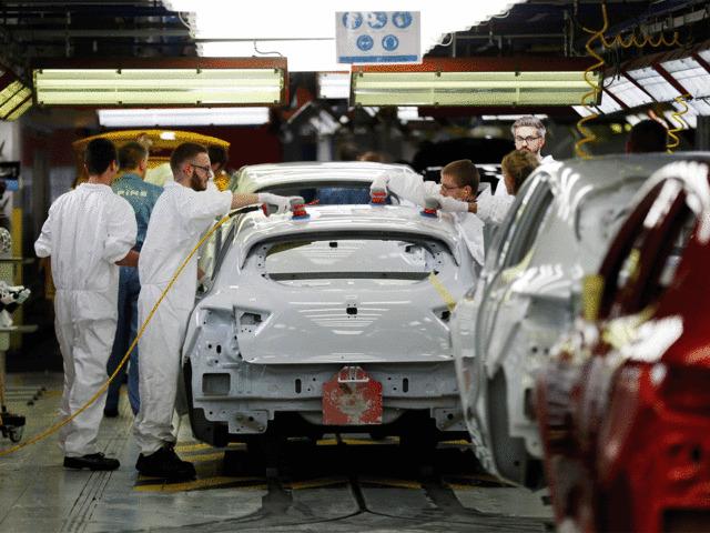 Nissan xem xét cắt giảm 20.000 việc làm ở khu vực châu Âu và các quốc gia đang phát triển - Ảnh 1.