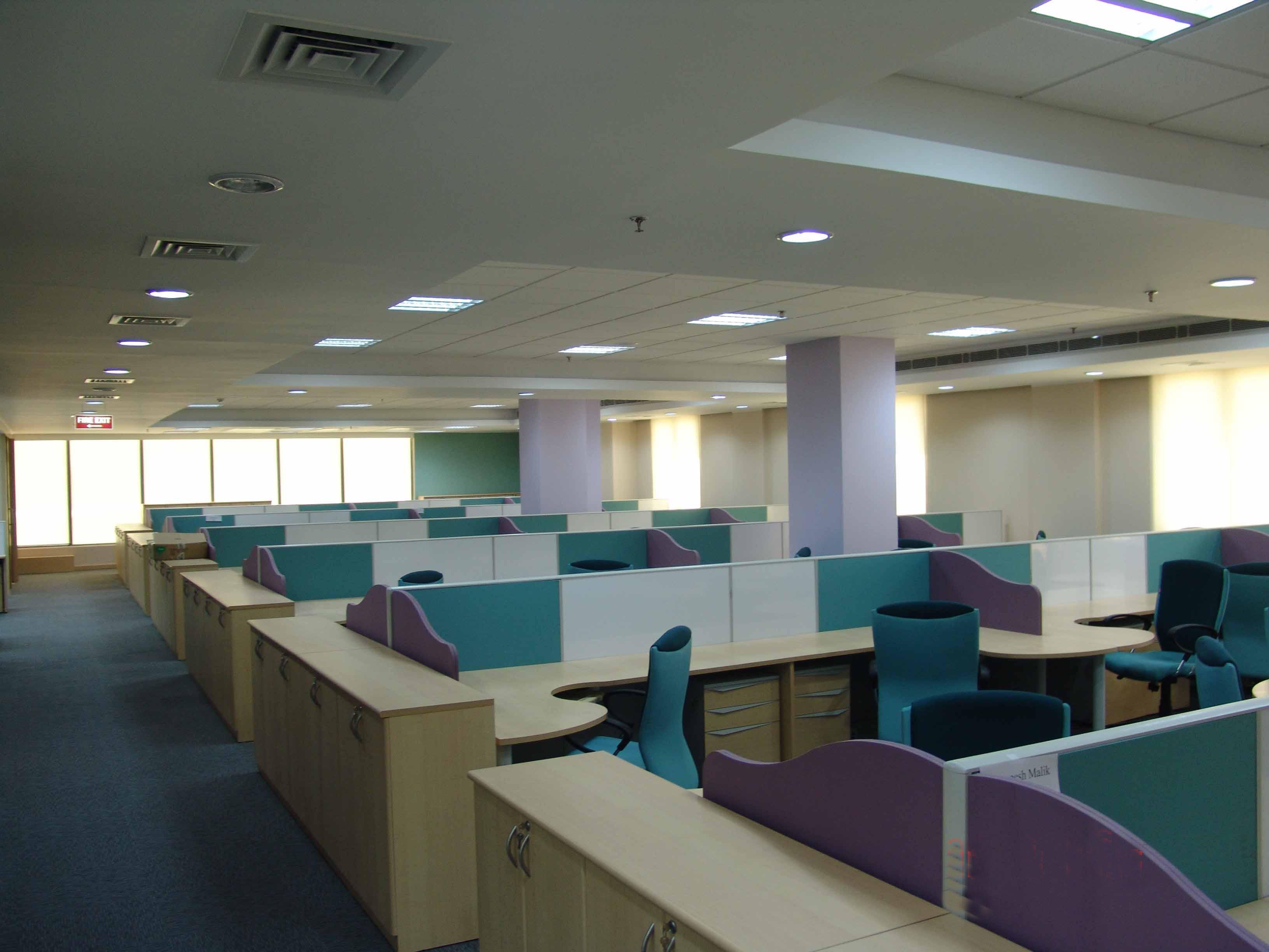 Thị trường cho thuê văn phòng châu Á chật vật giai đoạn tái mở cửa kinh tế do dịch Covid-19 - Ảnh 4.