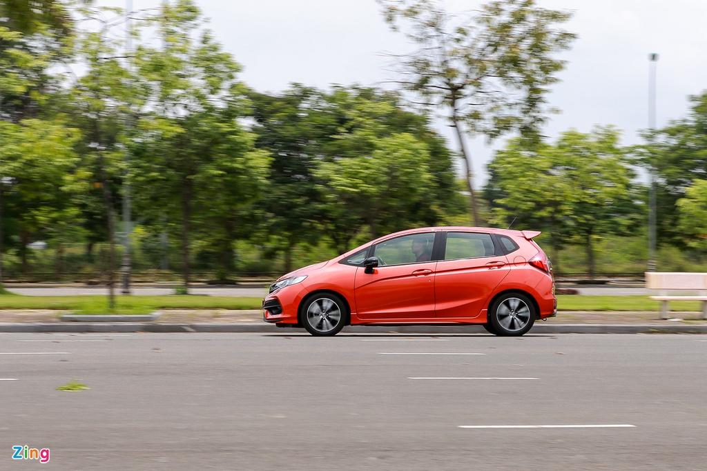 Ô tô Honda nhập khẩu khan hàng, bán chậm tại Việt Nam - Ảnh 2.