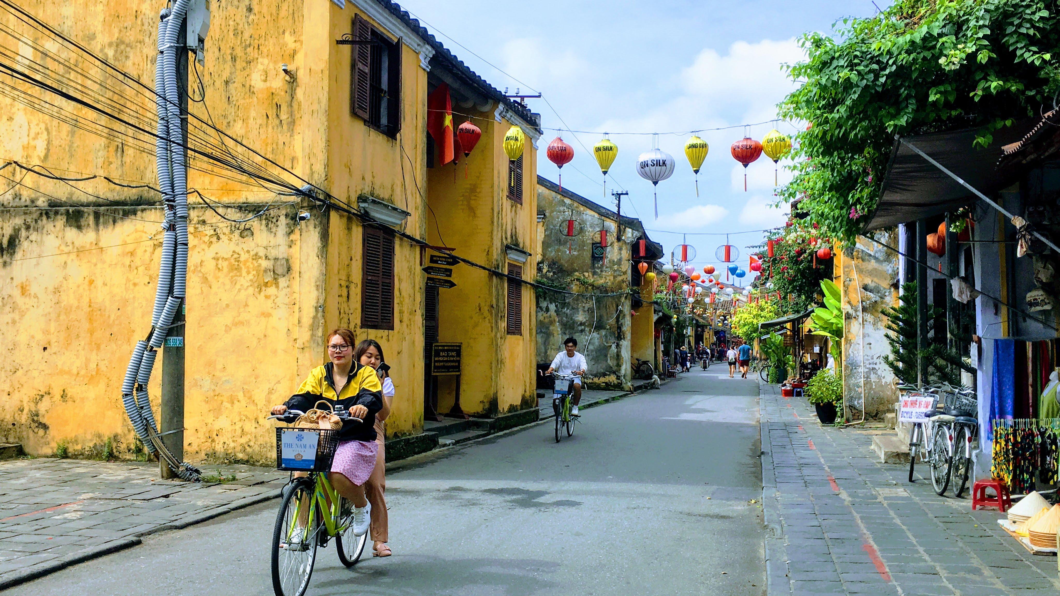 Từ 1/6 Hội An bán vé tham quan phố cổ, làng gốm Thanh Hà và làng rau Trà Quế trở lại - Ảnh 1.