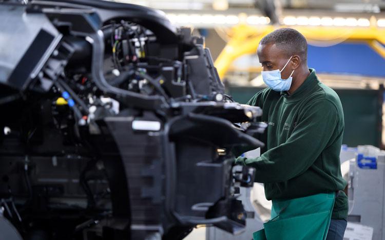 Doanh nghiệp ô tô không thể công bố kế hoạch sản xuất vì Covid-19 - Ảnh 2.