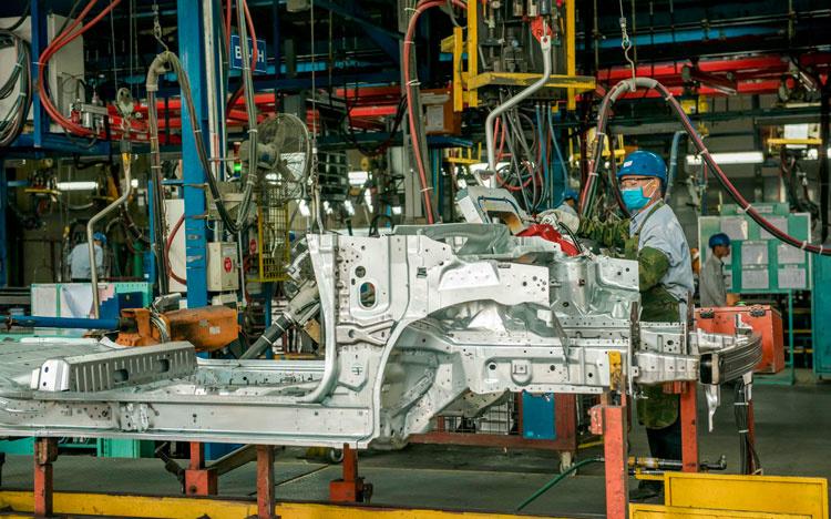 Doanh nghiệp ô tô không thể công bố kế hoạch sản xuất vì Covid-19 - Ảnh 1.