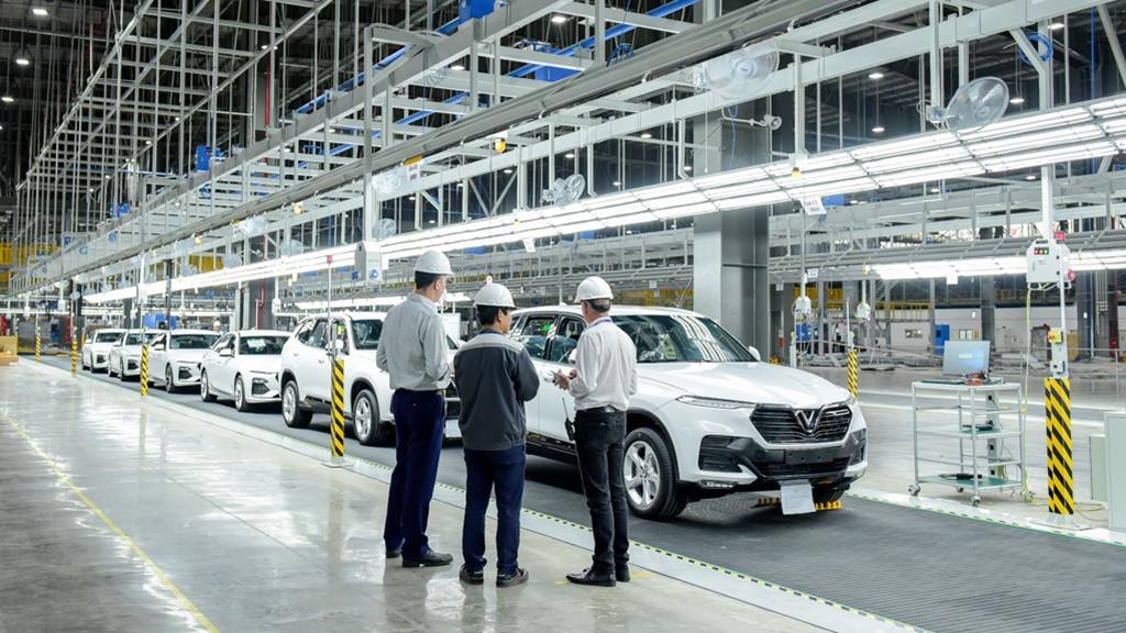 Ô tô sản xuất, lắp ráp trong nước chính thức được giảm 50% lệ phí trước bạ - Ảnh 1.