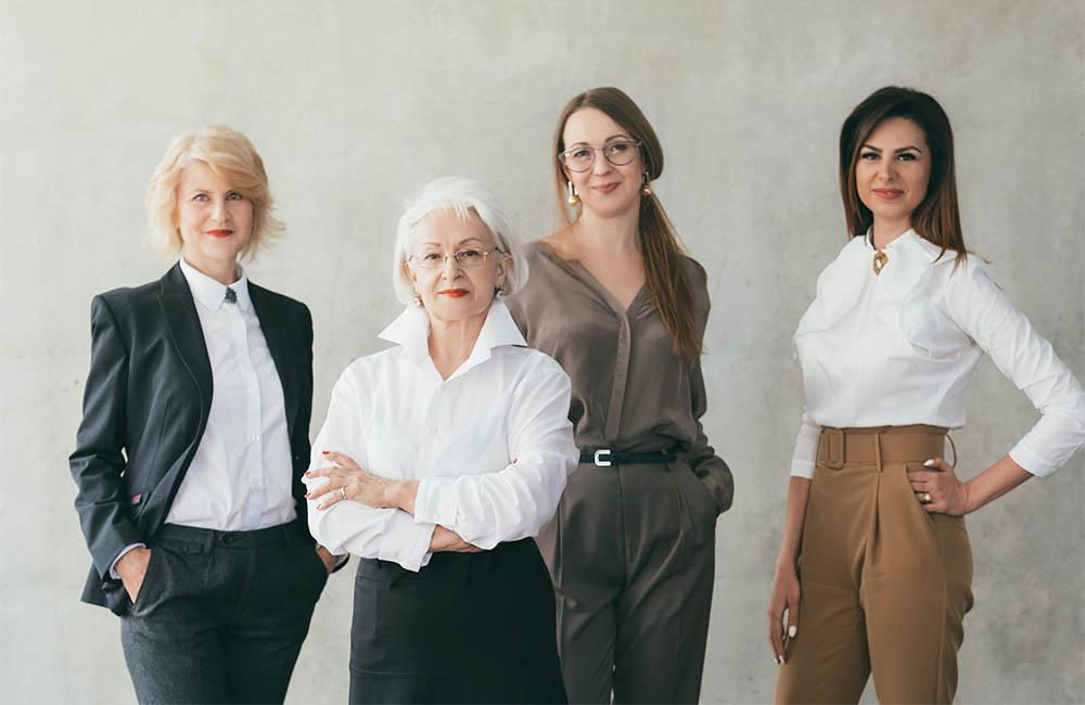 Ăn mặc để thành công: Trang phục phỏng vấn xin việc cho nữ giới - Ảnh 1.