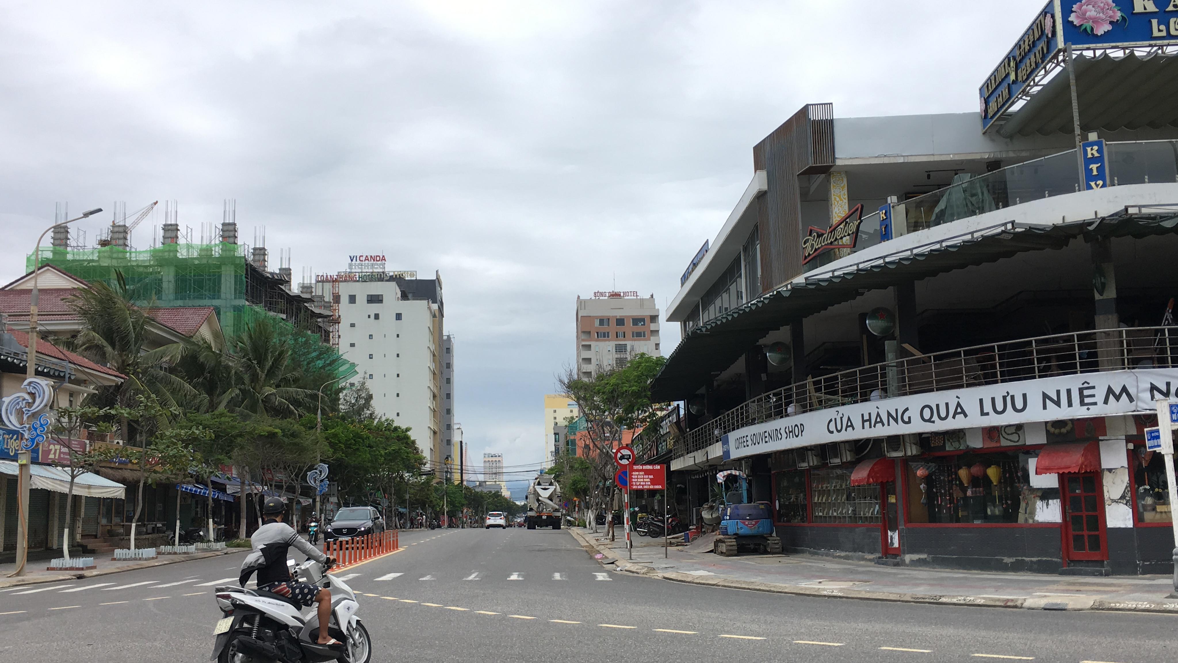 Ồ ạt bán khách sạn ở Đà Nẵng - Ảnh 2.