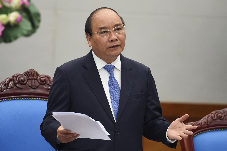 Thủ tướng cho phép mở lại các dịch vụ không thiết yếu, trừ vũ trường và karaoke - Ảnh 1.