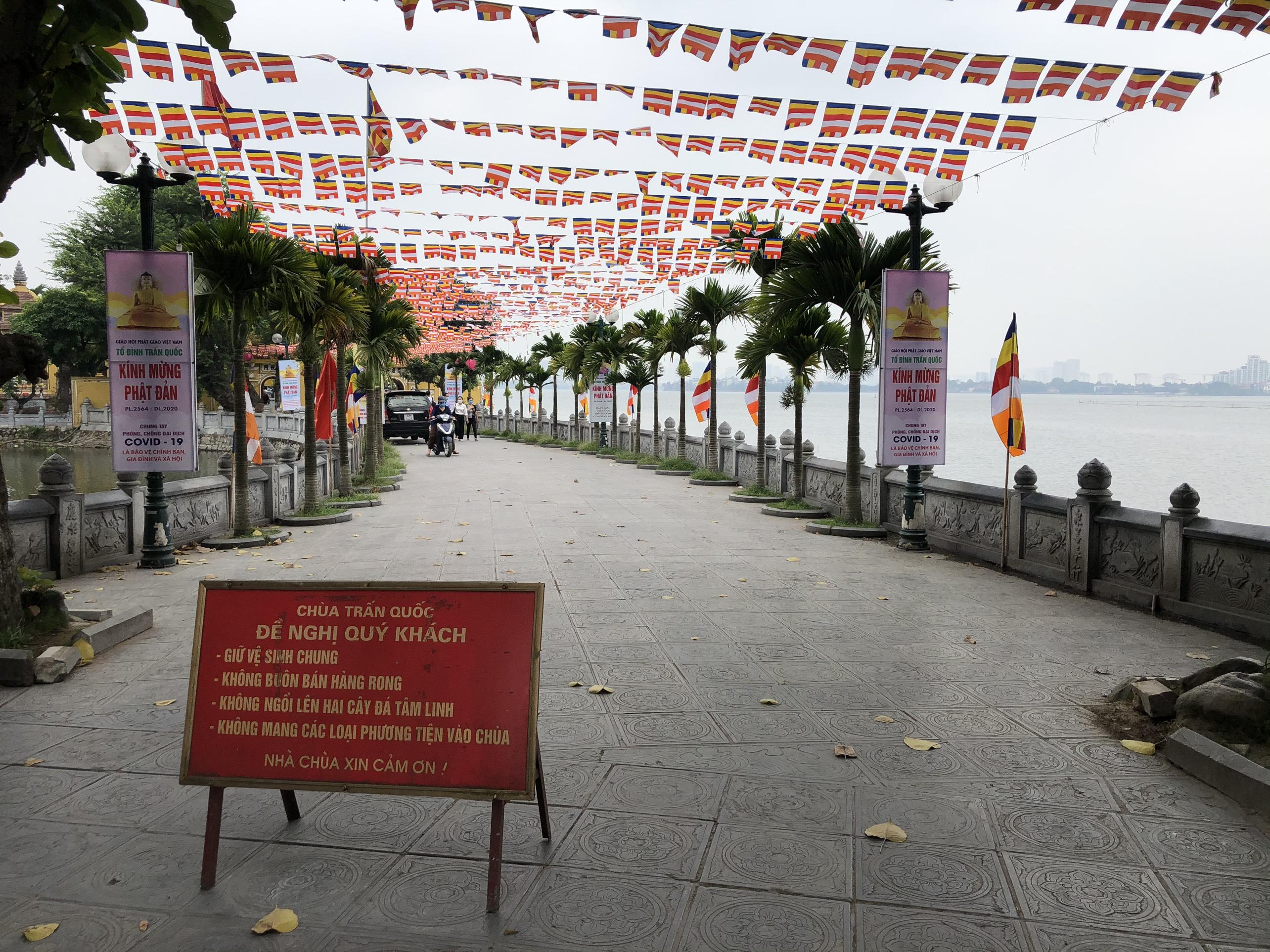 Mở cửa trở lại, một số điểm tham quan tại Hà Nội vẫn vắng khách du lịch - Ảnh 7.