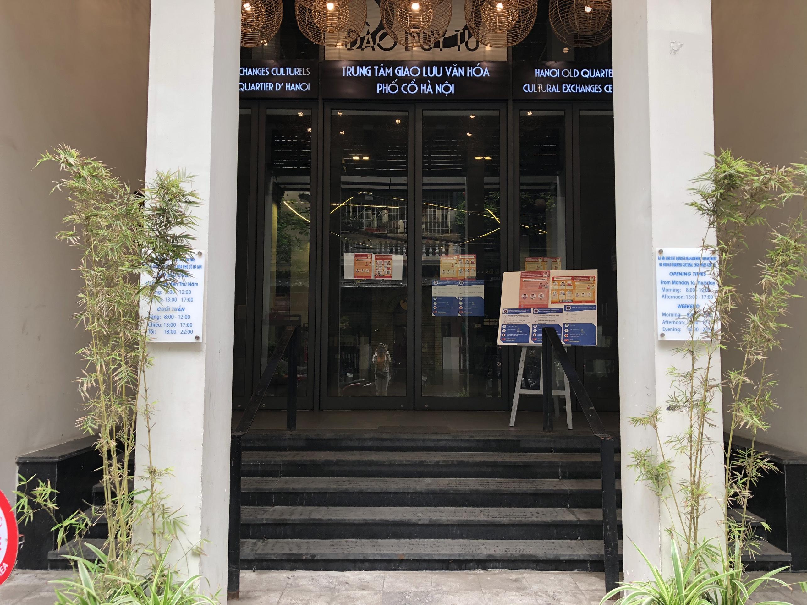 Mở cửa trở lại, một số điểm tham quan tại Hà Nội vẫn vắng khách du lịch - Ảnh 2.
