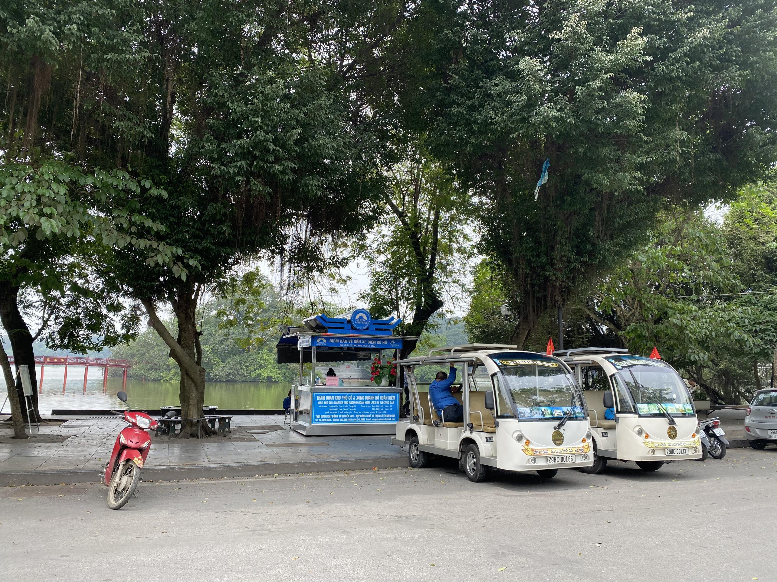 Mở cửa trở lại, một số điểm tham quan tại Hà Nội vẫn vắng khách du lịch - Ảnh 12.