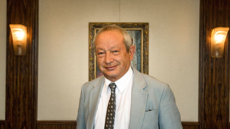 'Cà khịa' với Warren Buffett, tỉ phú Ai Cập Naguib Sawiris cho biết sẽ bỏ tiền mua lại các hãng hàng không - Ảnh 1.