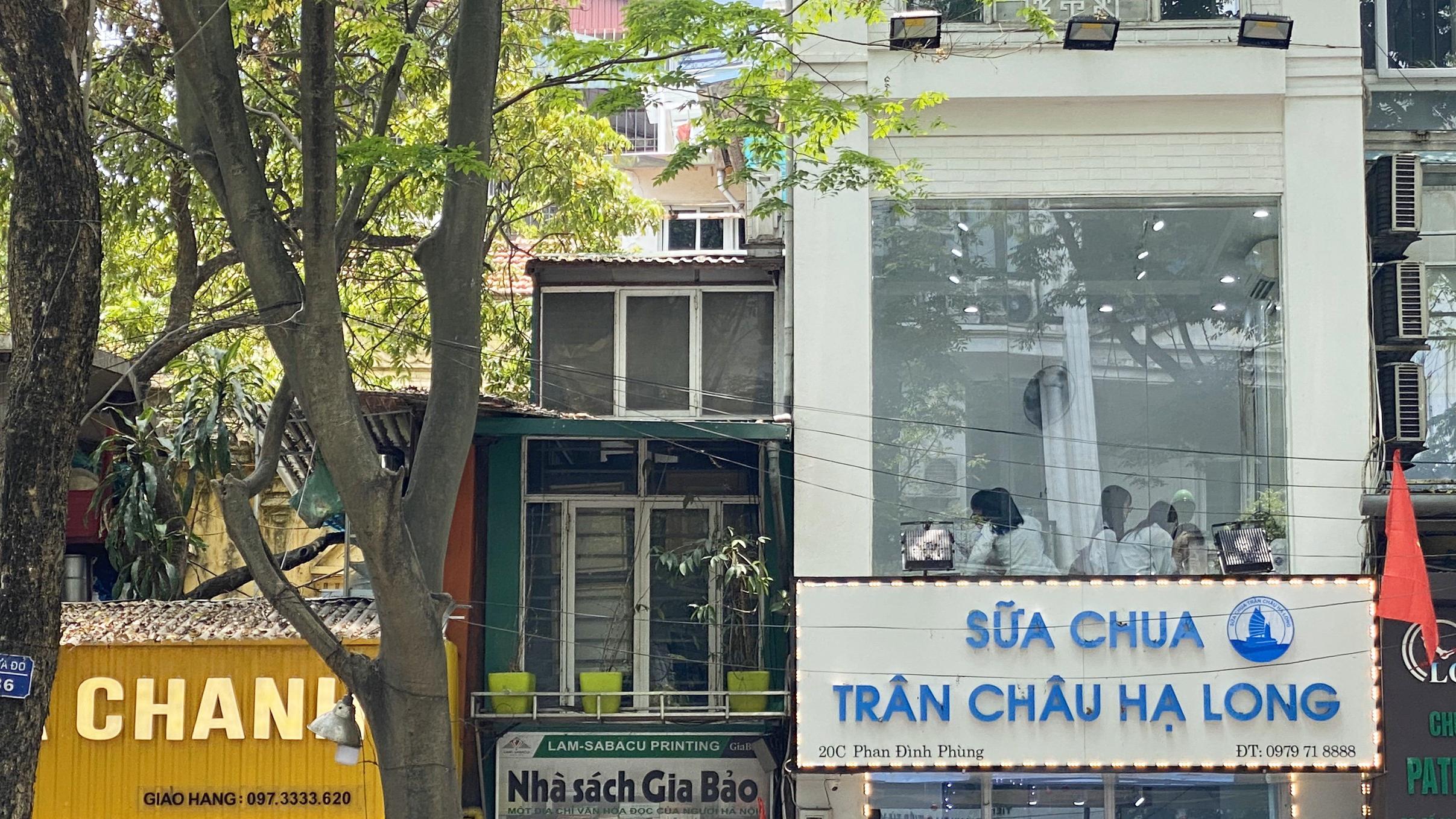 Những ngày đầu hè, người dân đã rủ nhau đến tiệm kem nức tiếng của Hà Nội để hạ nhiệt - Ảnh 8.