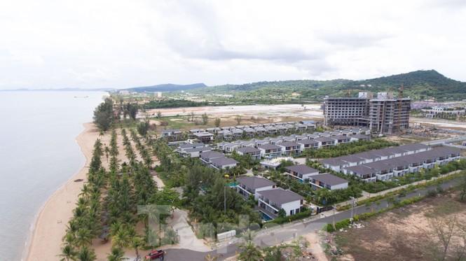 Nhìn từ trên cao đảo ngọc Phú Quốc bị 'băm nát' do buông lỏng quản lí - Ảnh 9.