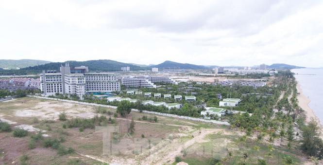 Nhìn từ trên cao đảo ngọc Phú Quốc bị 'băm nát' do buông lỏng quản lí - Ảnh 10.
