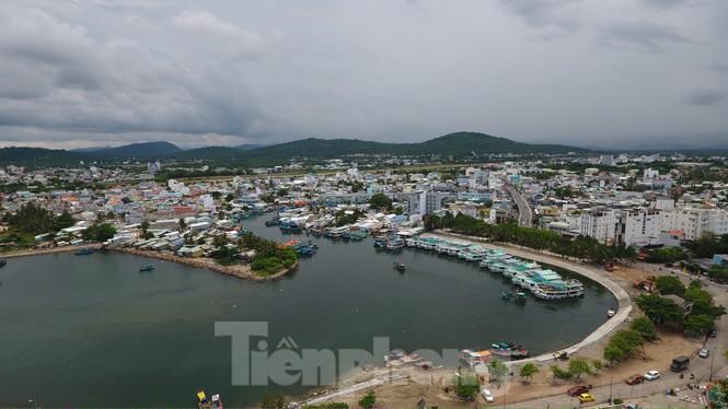 Nhìn từ trên cao đảo ngọc Phú Quốc bị 'băm nát' do buông lỏng quản lí - Ảnh 7.