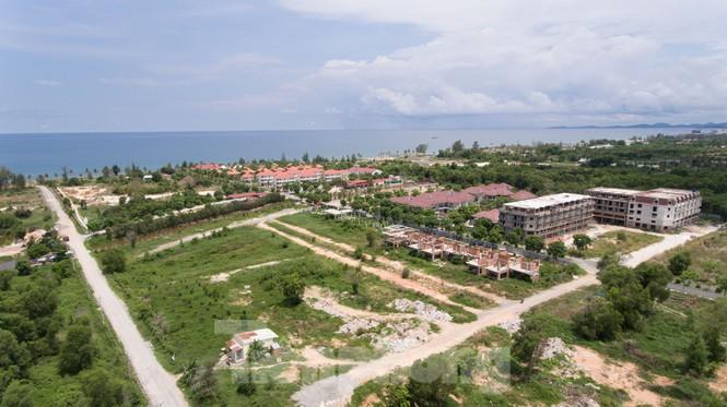 Nhìn từ trên cao đảo ngọc Phú Quốc bị 'băm nát' do buông lỏng quản lí - Ảnh 8.