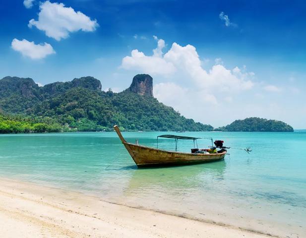 Vịnh Hạ Long nằm trong danh sách 10 điểm đến tại Đông Nam Á nên ghé tham một lần trong đời  - Ảnh 10.