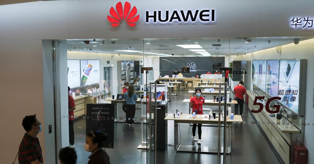 Huawei xây dựng kho chip dự trữ đủ dùng trong 2 năm trước những lệnh cấm mới từ Mỹ - Ảnh 2.