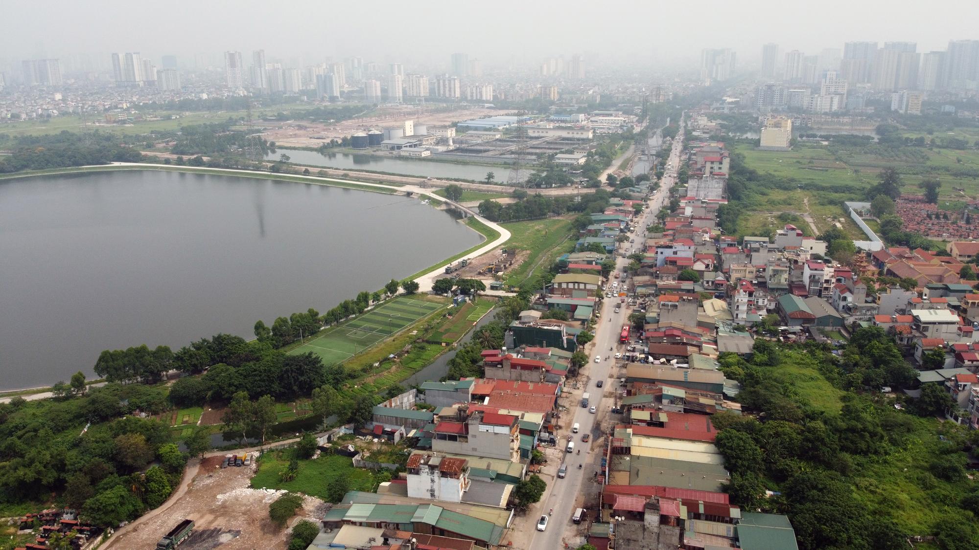 Dự án mở rộng đường Tam Trinh hơn 2.000 tỉ đồng sau 4 năm mới làm được vài trăm mét - Ảnh 1.