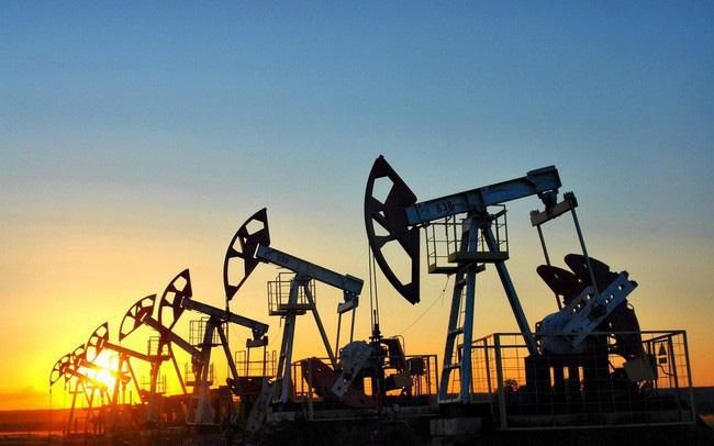 Giá xăng dầu hôm nay 11/6: Dư nguồn cung, dầu lại giảm giá - Ảnh 1.