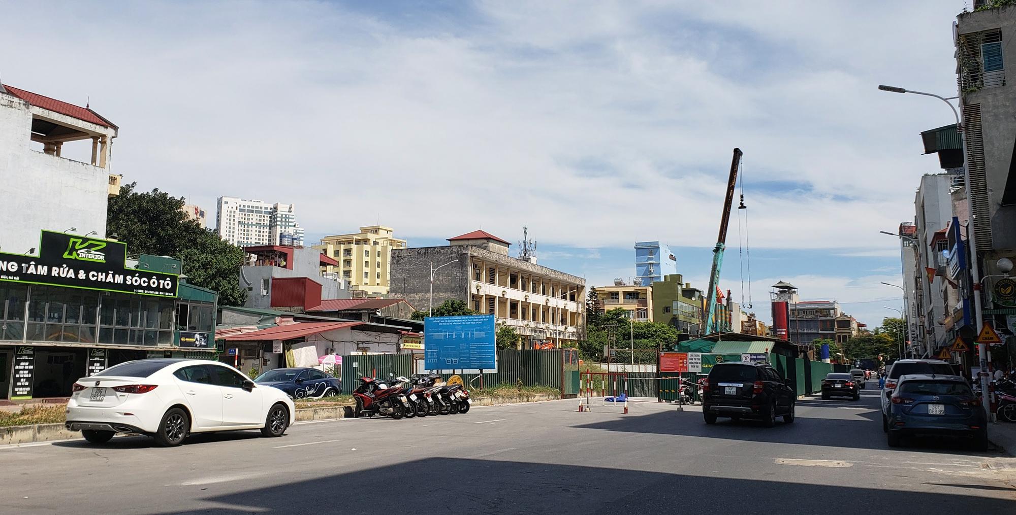 Đường ngàn tỉ nối Ngọc Thụy - Nguyễn Văn Cừ ở quận Long Biên mới làm được vài trăm mét - Ảnh 16.