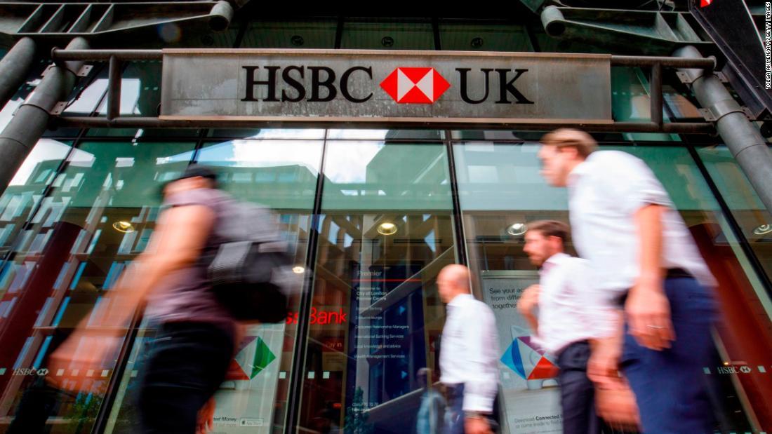 HSBC nhận mưa 'gạch đá' khi lên tiếng ủng hộ Trung Quốc trong vấn đề Hong Kong - Ảnh 1.