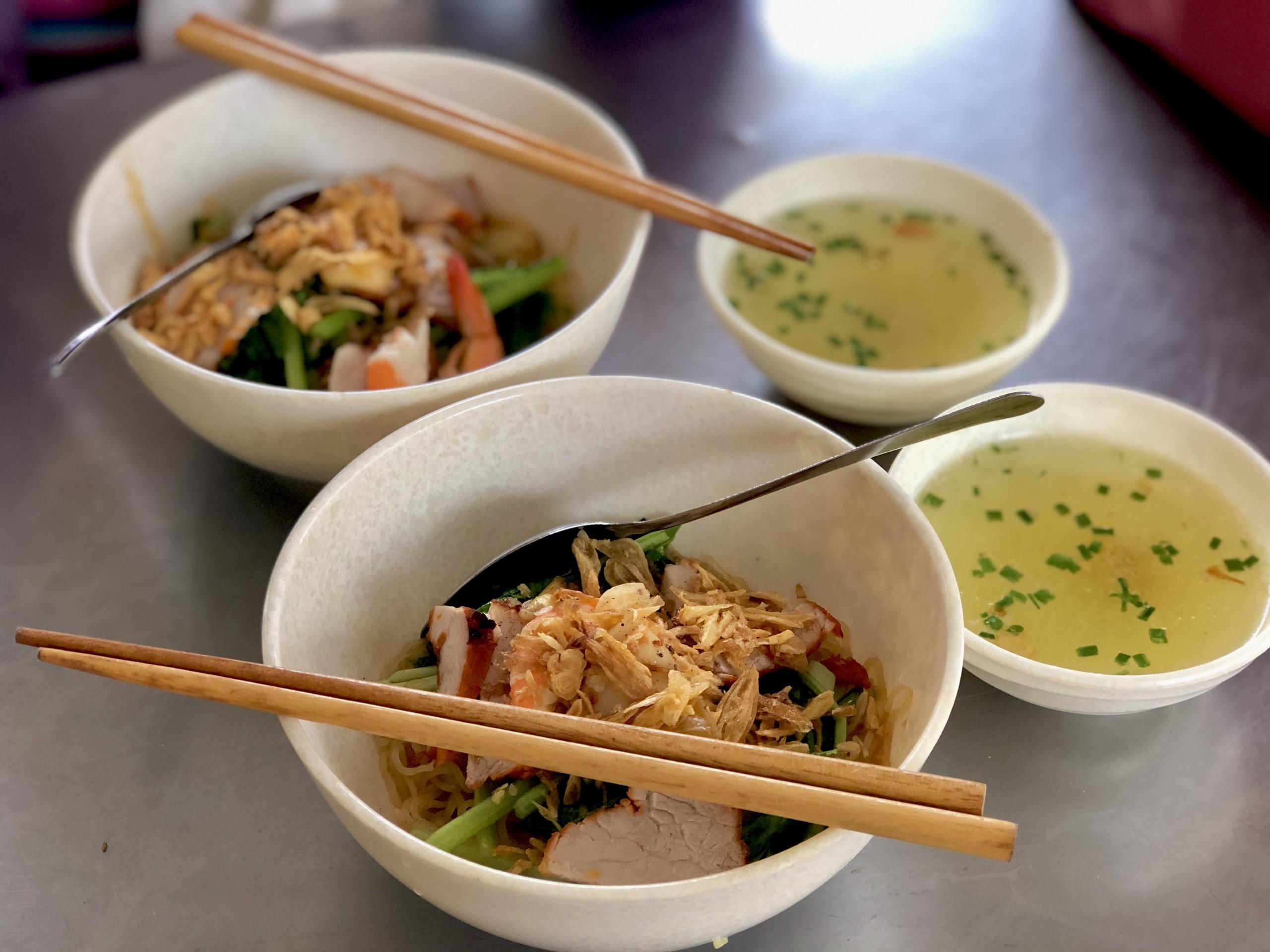 5 địa chỉ quán ăn ngon nổi tiếng với giá cả phải chăng tại quận 1, Sài Gòn - Ảnh 3.