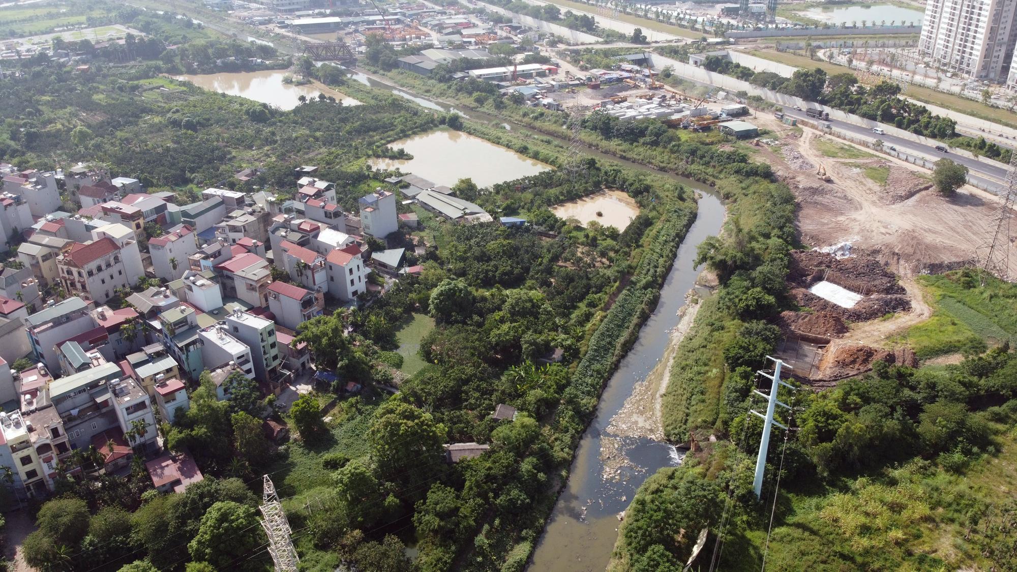 Toàn cảnh nơi xây dựng tuyến đường dài 3km trị giá gần 500 tỉ đồng ở quận Nam Từ Liêm - Ảnh 9.