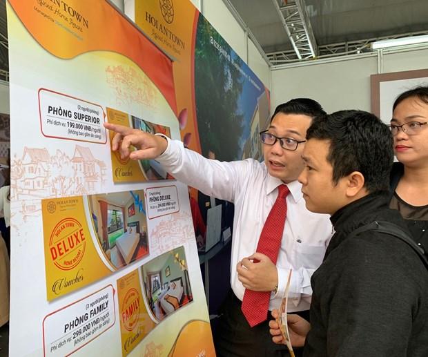 Mở cửa đón khách quốc tế trở lại: Du lịch Việt Nam cần làm gì? - Ảnh 1.