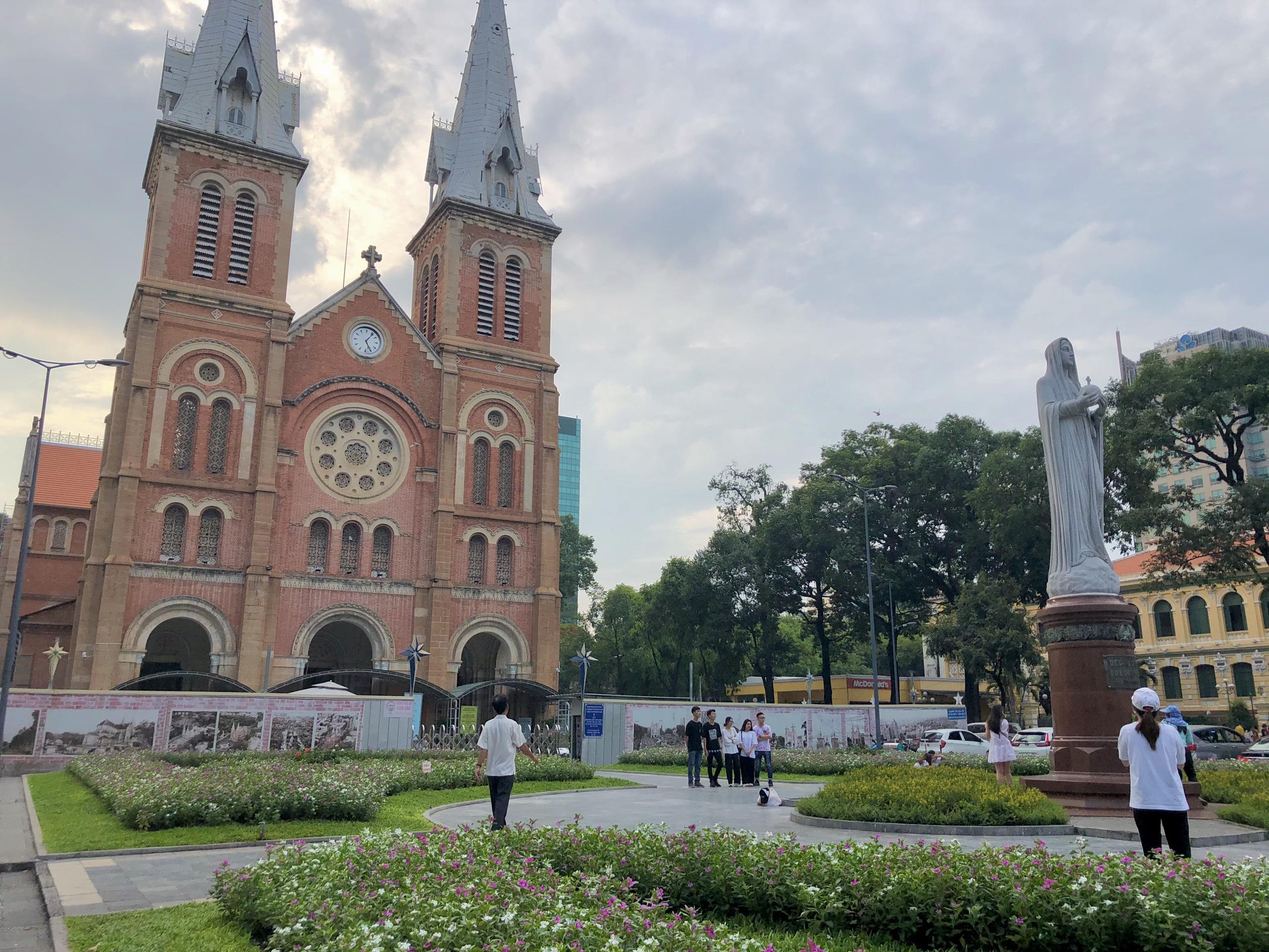 Gợi ý những trải nghiệm không nên bỏ lỡ nếu chỉ có 24 giờ khám phá Sài Gòn - Ảnh 1.