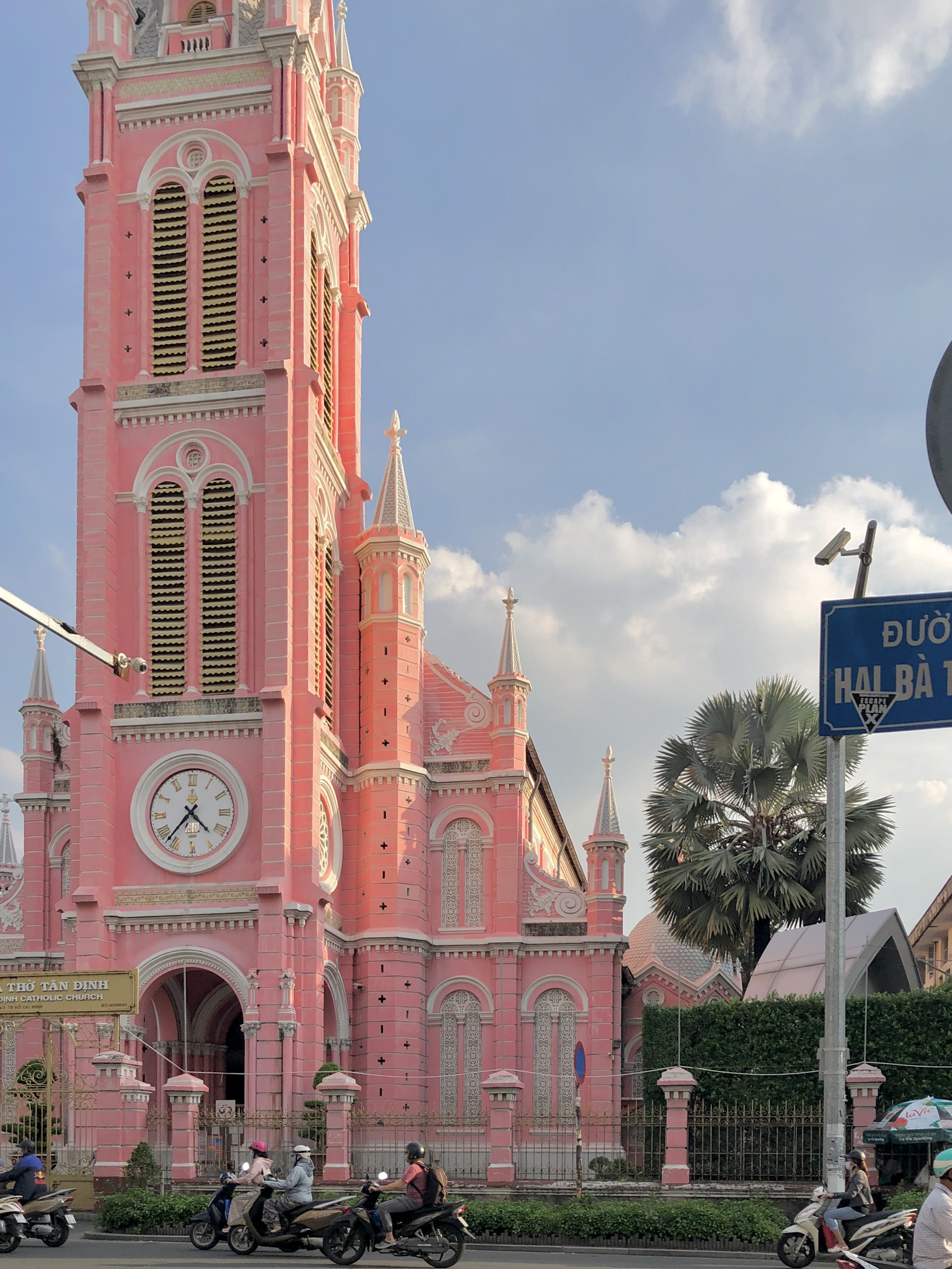 Gợi ý những trải nghiệm không nên bỏ lỡ nếu chỉ có 24 giờ khám phá Sài Gòn - Ảnh 3.