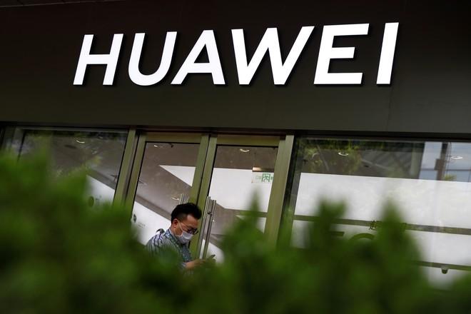 Tại sao Trung Quốc chưa đáp trả động thái của Mỹ đối với Huawei? - Ảnh 1.