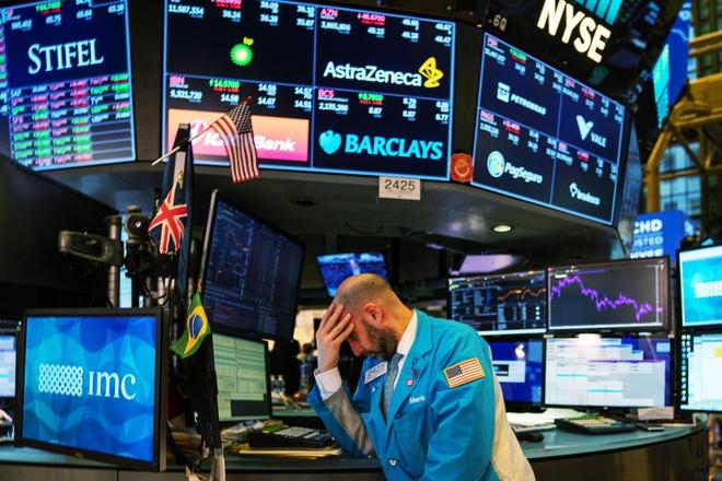 Phố Wall choáng váng khi đối mặt sự thật về kinh tế Mỹ - Ảnh 1.